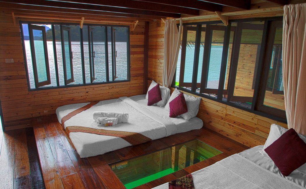 Khao Sok Lake Deluxe Glass Bottom Bungalow